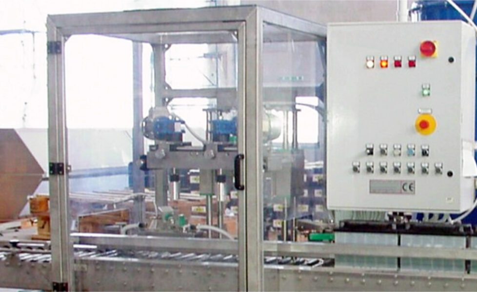 The Post Greasing machine applies a protective film on the battery terminals to prevent oxidation during handling, transportation and storage